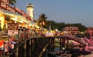 Phuket-The-Boat-Lagoon-Lighthouse-Market-Photo-4