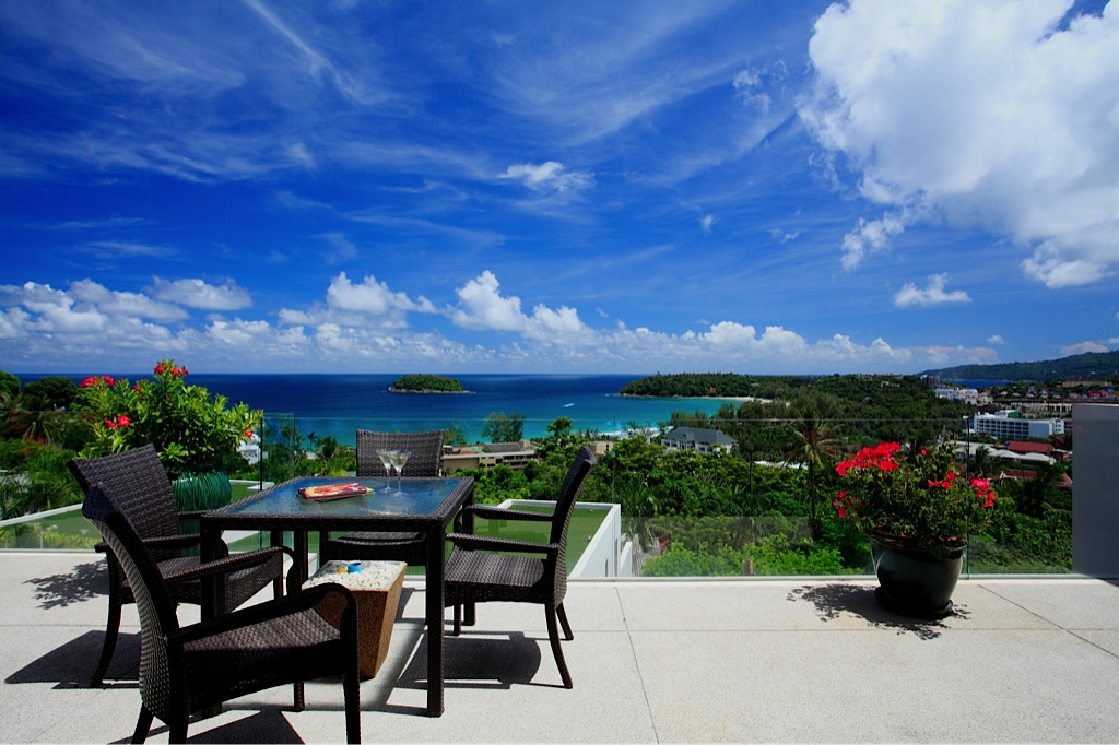 Heights-2-Bed-Sea-View-Condo---10601.jpg