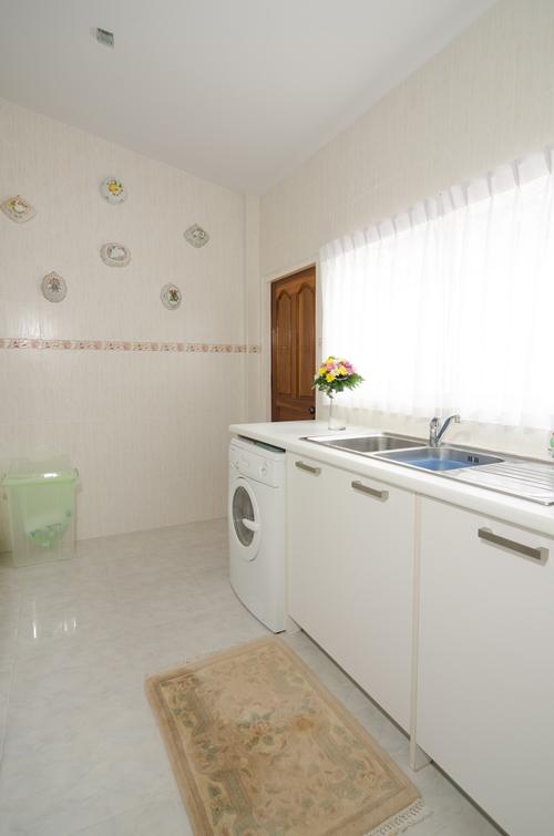 Ploenchan-Villa-104312.jpg