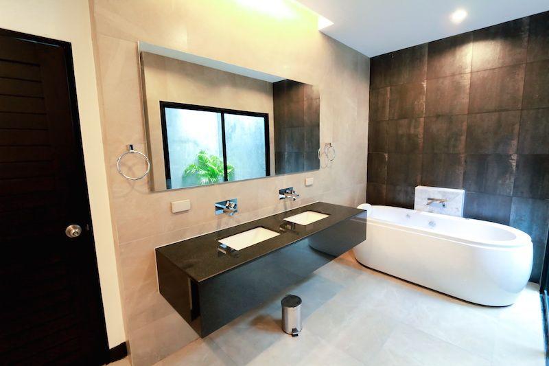 3-Bedroom-Pool-Villa-in-Layan---12187.jpg