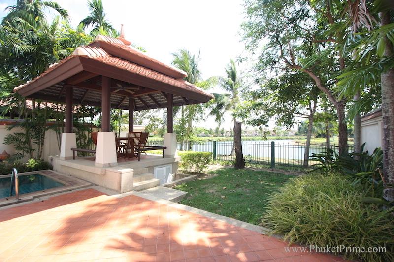 See Impressive 4-Bedroom Laguna Townhome  - 1271 details