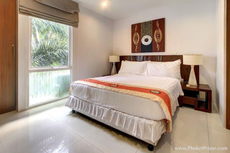 Partial-Sea-View-2-Bedroom-Apartment---12977.jpg