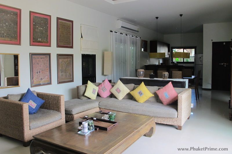 Modern-5-Bedroom-Pool-Villa---1350LR2.jpg