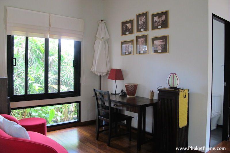 Modern-5-Bedroom-Pool-Villa---1350LR4.jpg