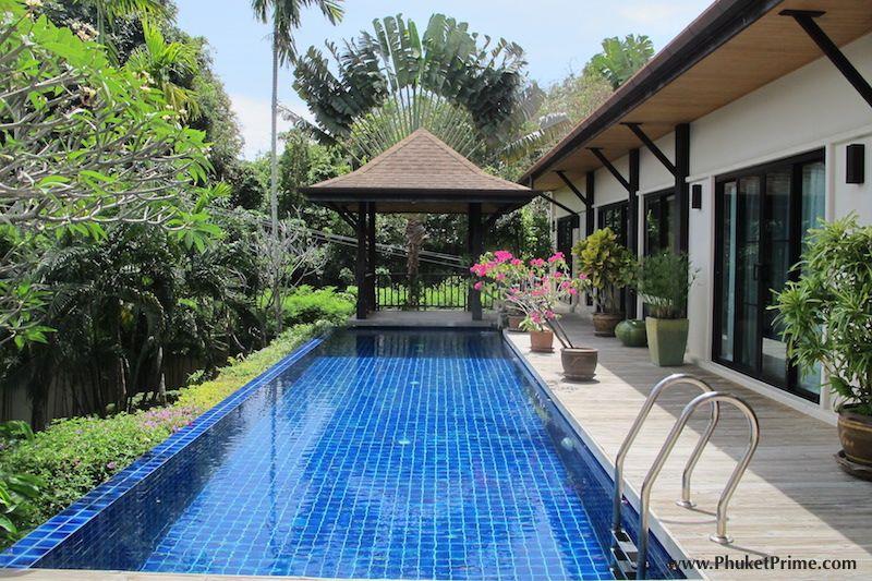 Modern-5-Bedroom-Pool-Villa---1350LR5.jpg