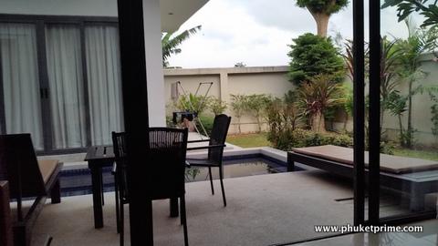 Stylish-Modern-2-Bedroom-Pool-Villa---1516-Seastone10.jpg