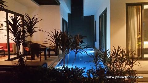 Stylish-Modern-2-Bedroom-Pool-Villa---1516-Seastone2.jpg