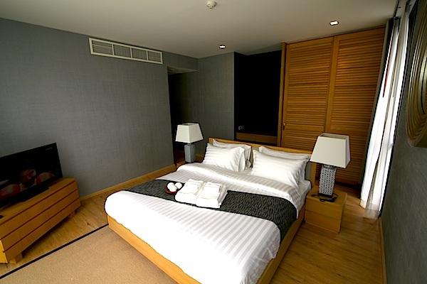 Luxury-3-Bedroom-Beachside-Apartment---1520-Baan-Mai-Khao3.jpg