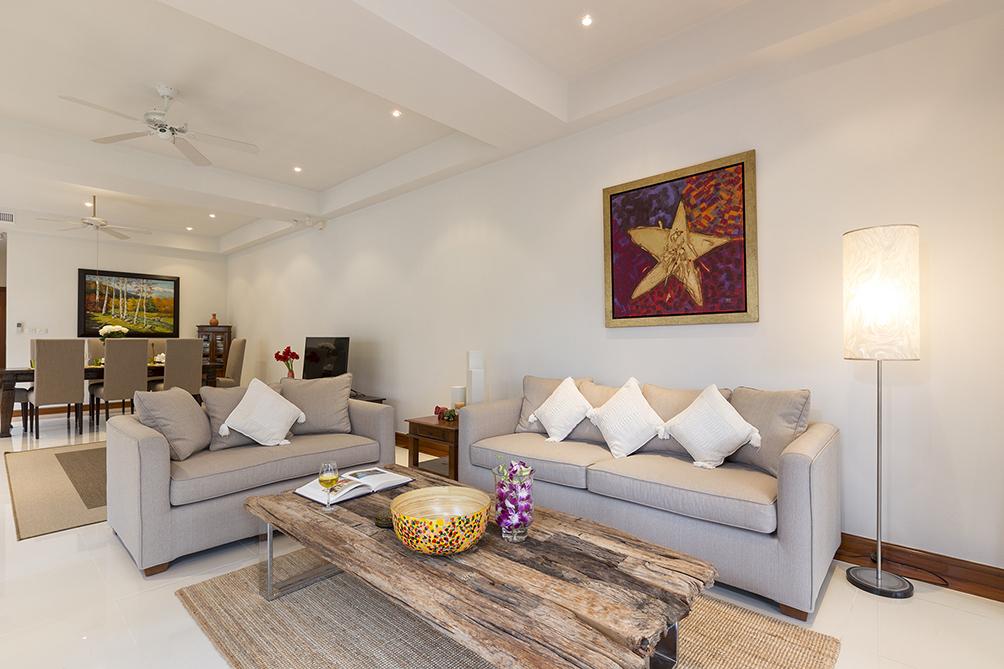 3-Bedroom-Golf-View-Villa---1524-Laguna-Fairway4.jpg