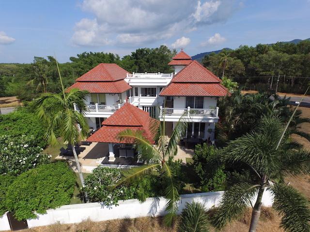 See 1533 Laguna Homes details