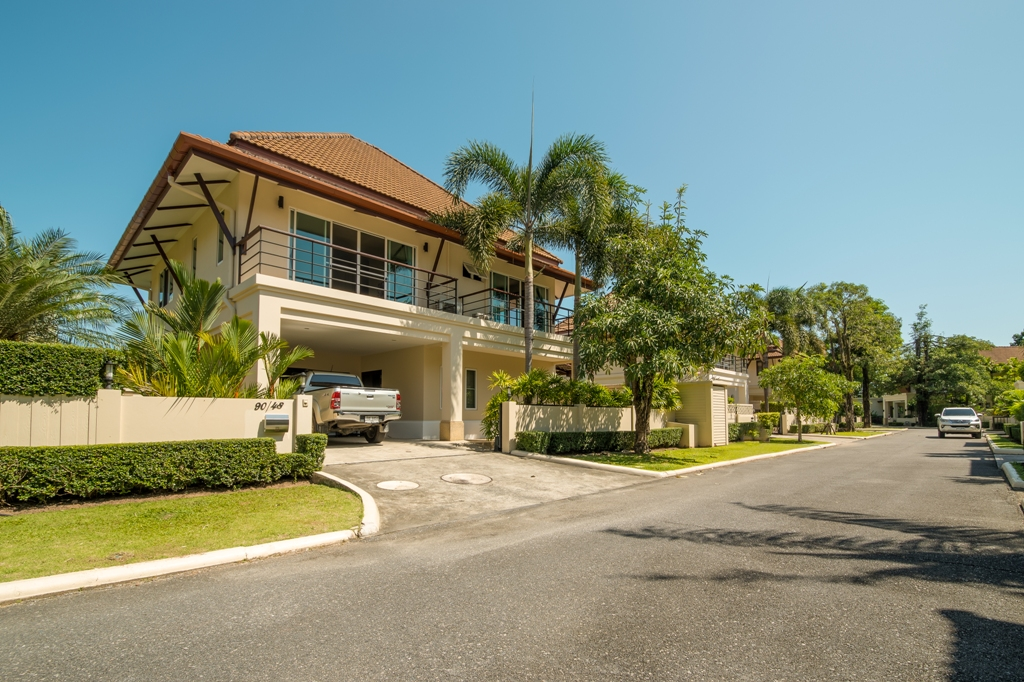 See Super Family Villa Near BCIS details