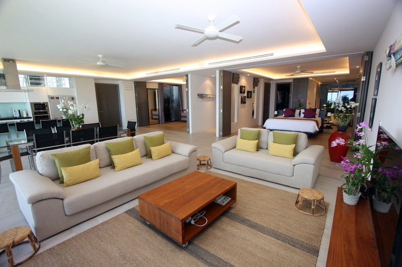 1576-Prime-apartment-at-Residences-Overlooking-Layan2.jpg