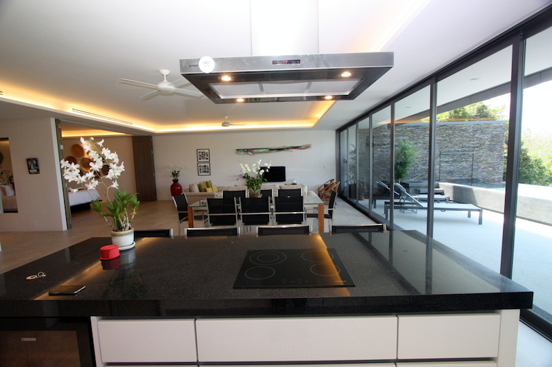1576-Prime-apartment-at-Residences-Overlooking-Layan6.jpg