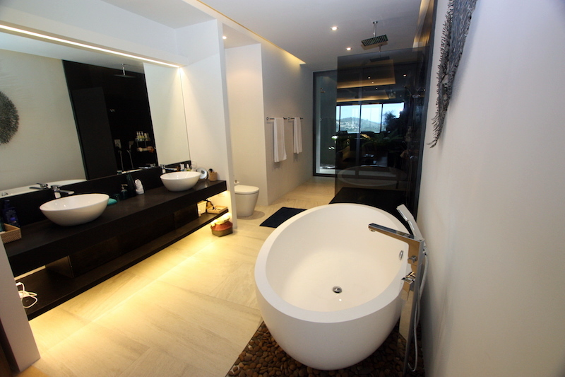1576-Prime-apartment-at-Residences-Overlooking-Layan8.jpg