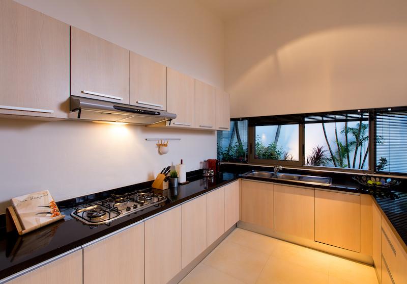 Stunning-Modern-3-Bedroom-Villa---1597-Laguna3.jpg