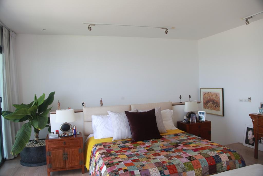 3 Bed Sea View Townhome - 1641-Surin Saan Master Bedroom.jpg