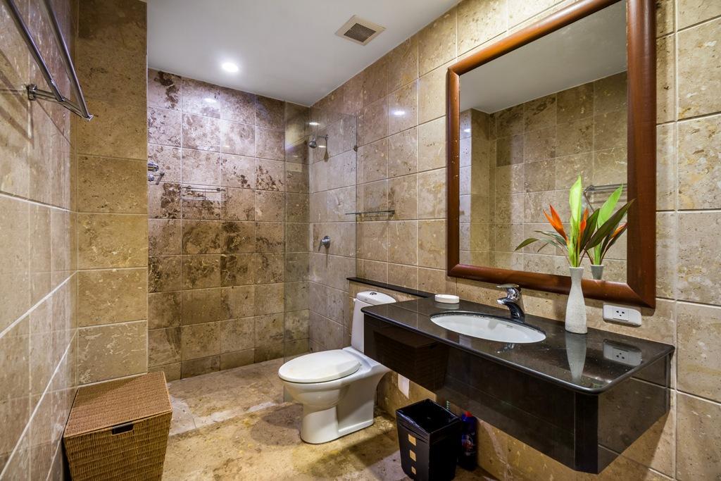 2 Bed Apartment Close To Beach-Baan Puri 16.jpg