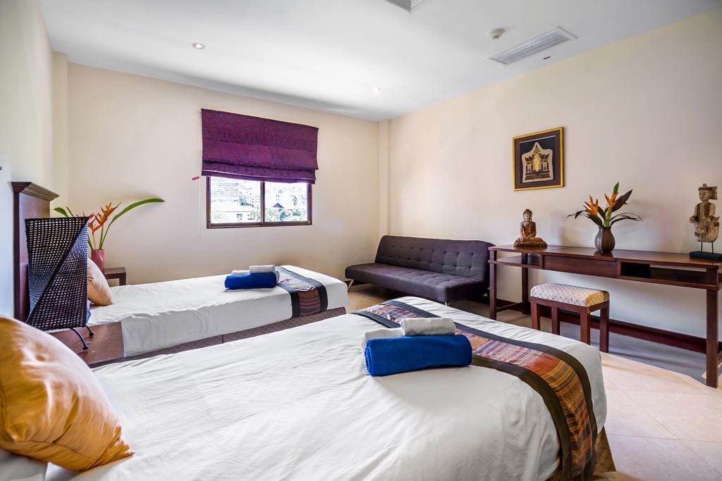 2 Bed Apartment Close To Beach-Baan Puri 07.jpg